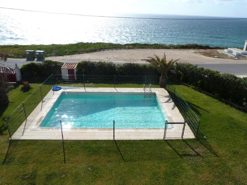 7 bdr splendid front beach Villa,45min from Lisbon - Image 1 - Torres Vedras - rentals