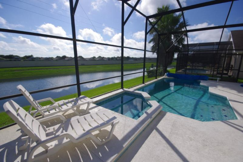 Minnie's Marvel, Fun Pet-Friendly Vacation Home - Image 1 - Kissimmee - rentals