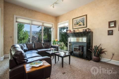 Comfortable living space leads out to deck with beautiful sunset views. - Arlington Place #13 - Edwards - rentals