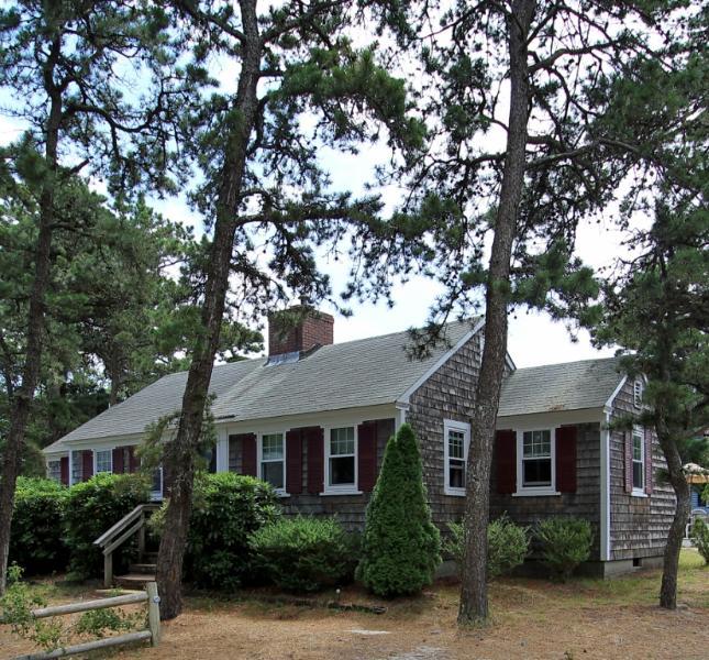 Dennis Seashores Cottage 23 - 3BR 1BA - Image 1 - Dennis Port - rentals