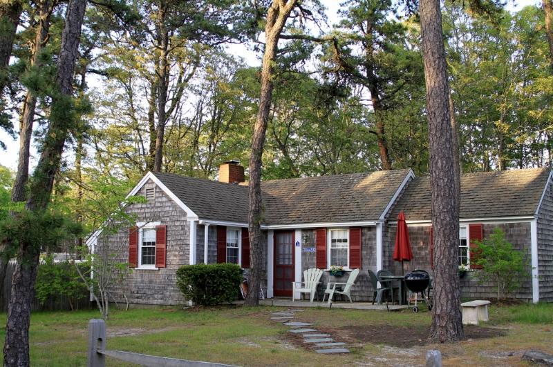 Dennis Seashores Cottage 10 - 2BR 1BA - Image 1 - Dennis Port - rentals
