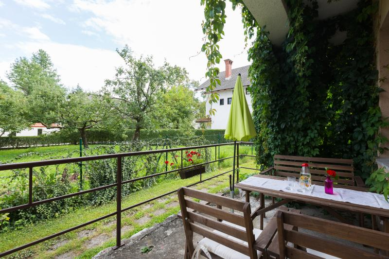 Two bedroom apartment with private terrace - Apartments Koman Bled - Bled - rentals