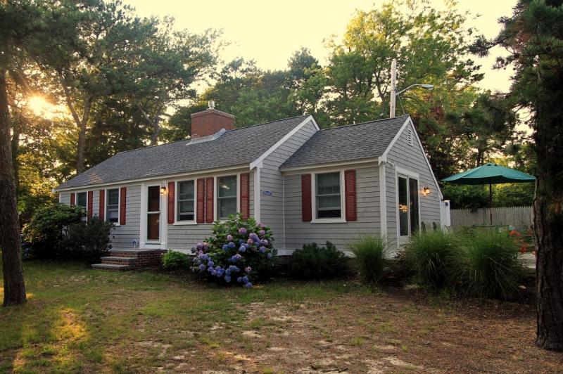 Cottage 32 - 2BR 1BA - Image 1 - Dennis Port - rentals