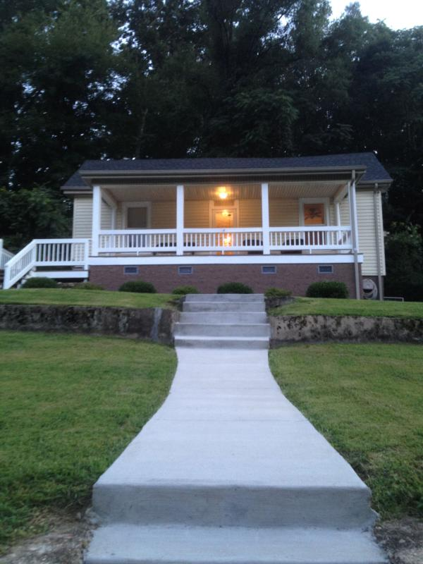 1910 Newly Renovated Home! WOW So many features!!! - Image 1 - Chattanooga - rentals