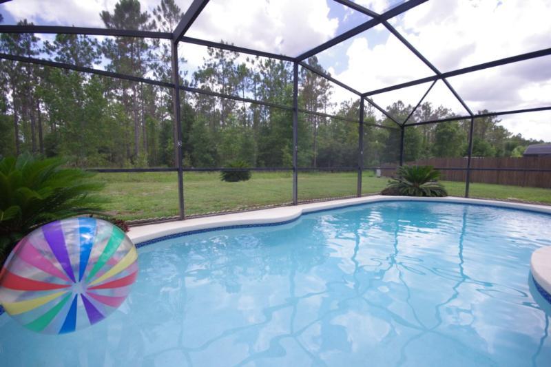 Villa Captiva, Fantastic Vacation Rental with Hot Tub - Image 1 - Kissimmee - rentals
