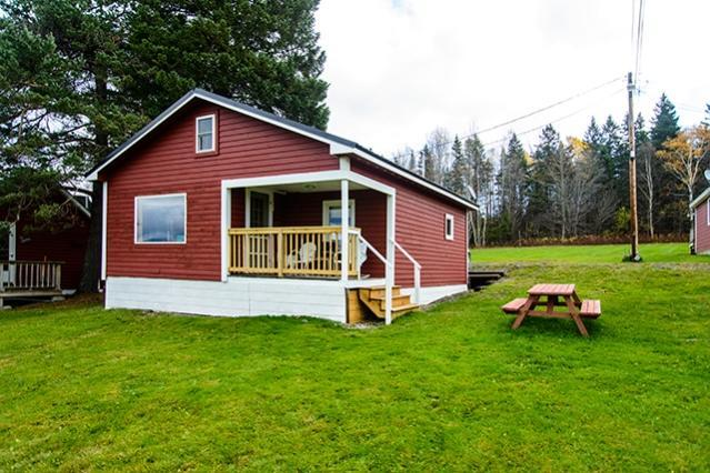 Exterior - Barr's Overlook - Rangeley - rentals