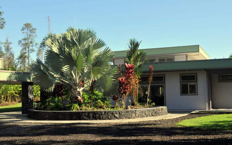 Front of Hale E Komo Mai - Hale E Komo Mai - tropical home on lush acre - Keaau - rentals