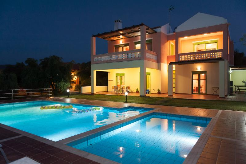 Villa Panorama by night - Villa Panorama in Yiannoudi - Xiro Chorio - rentals