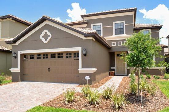 Lavish Villa - Image 1 - Davenport - rentals