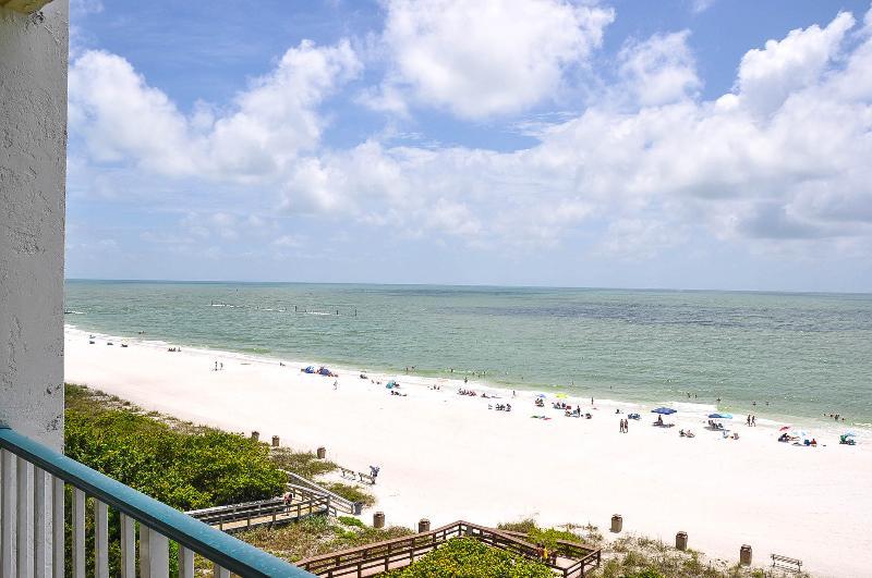 Apollo 604 - Perfect Beachfront Getaway! - Image 1 - Marco Island - rentals