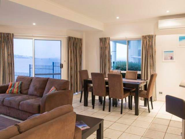 Open plan living - Anchorage Holiday Apartment - Port Lincoln - Port Lincoln - rentals