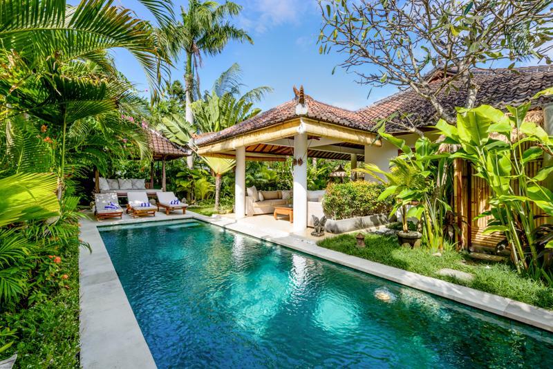 Pool view day time - Bali Villas R us -  Seminyak, lovely villa, 350m to the beach - Seminyak - rentals