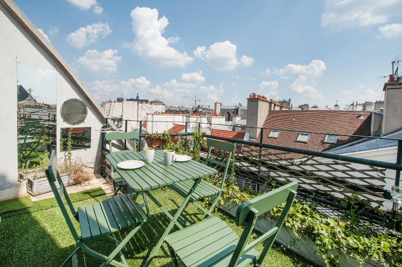 The Terrace - Sunny 1BR with Terrace in 1st Arrondissement - Paris - rentals