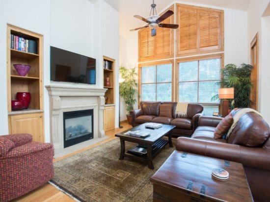 Living Room - Ketchum River Street Residence #6 - Ketchum - rentals