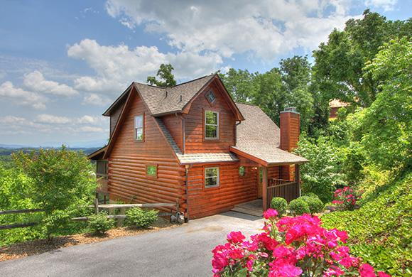 Front View of the Cabin - 3 LEVELS OF FUN AND GLASSED IN PORCH W/VIEW! - Sevierville - rentals