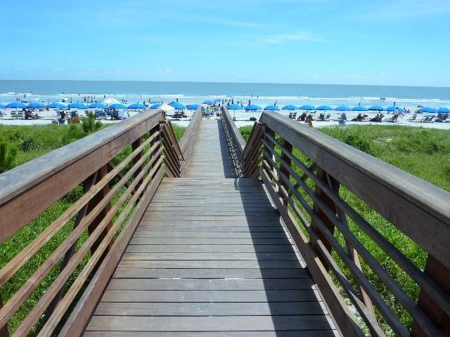 23L,seapines,walk beach,WIFI,tennis,golf disc,bikes - Image 1 - Hilton Head - rentals