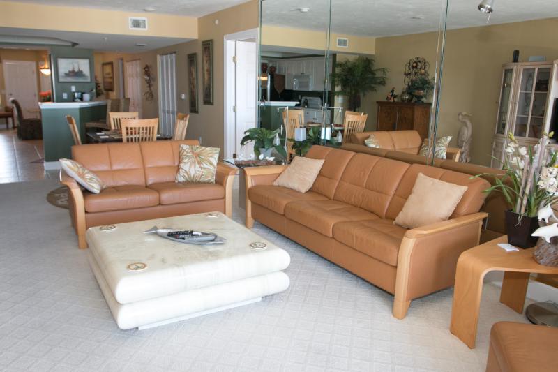 Living - May/June $pecials -Towers Grande #601- Ocean View - Daytona Beach - rentals