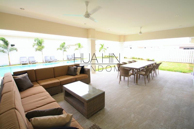 ATTRACTIVE POOL VILLA WITH 5 BEDROOM - Image 1 - Hua Hin - rentals