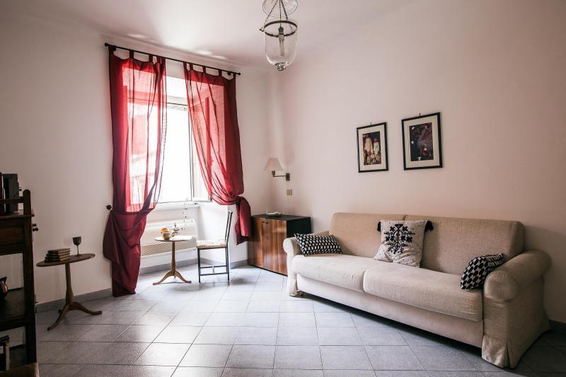 Cavour B -  393 - Rome - Image 1 - Rome - rentals