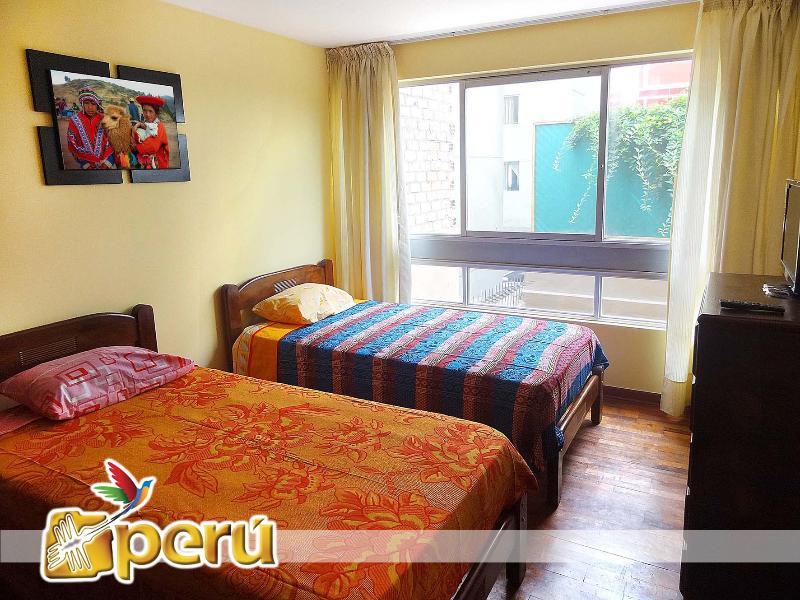 Bedroom 2 / 2 beds - Comfortable apartment in Miraflores - Lima - rentals