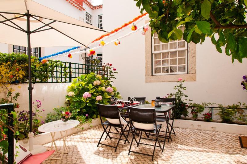Alfama 1bedroom&1suite with terrace - Image 1 - Lisbon - rentals