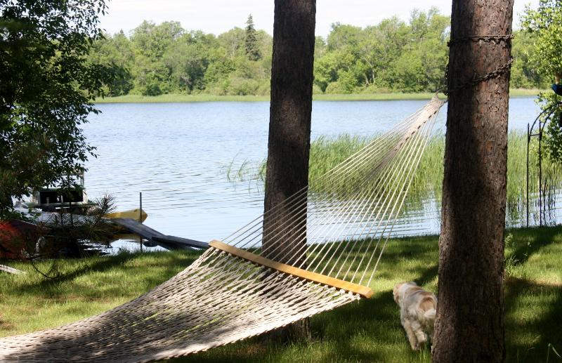 LAKESIDE HAMMOCK - FISHING SPECIAL LAKE SIDE GUEST HOUSE - Squaw Lake - rentals