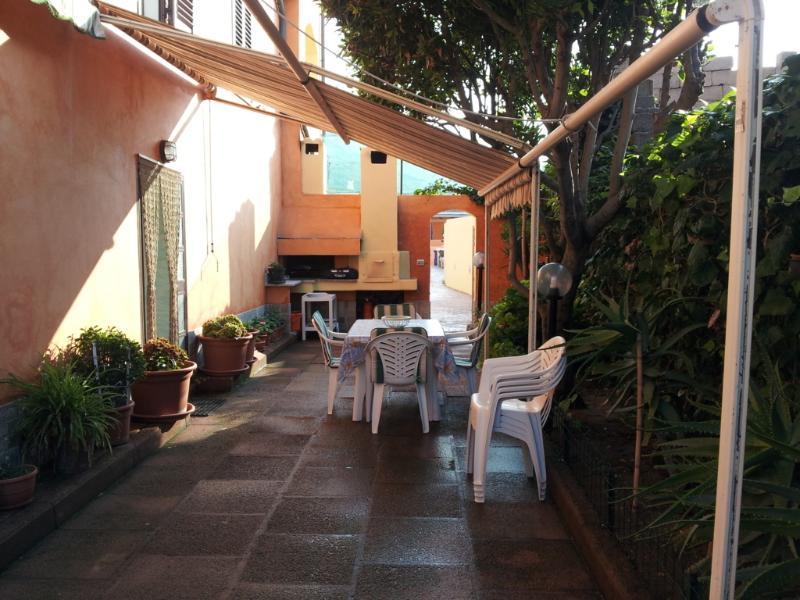 appartamentino a 100 metri dal mare - Image 1 - Valledoria - rentals