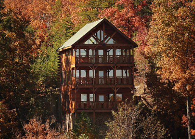 Majestic Mtn. Paradise, 3 Private Covered Decks, Loft Game Room, Sleeps 12 - Image 1 - Sevierville - rentals