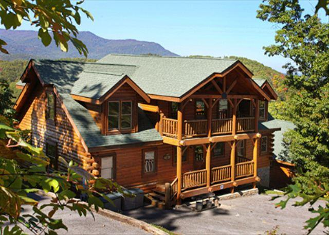 Falling Stars View, Game Room, Unlimited DVD Rentals, Sleeps 12, Dogs OK - Image 1 - Sevierville - rentals