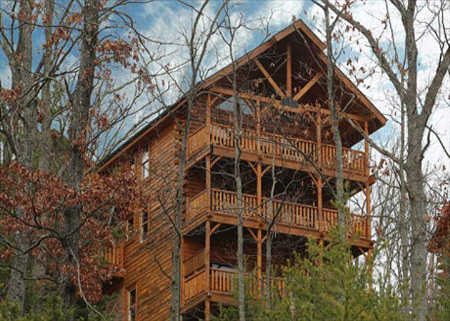 Amazing View, Breathtaking Sunsets, Mini Bar, Game Room, Dogs OK, Sleeps 10 - Image 1 - Sevierville - rentals