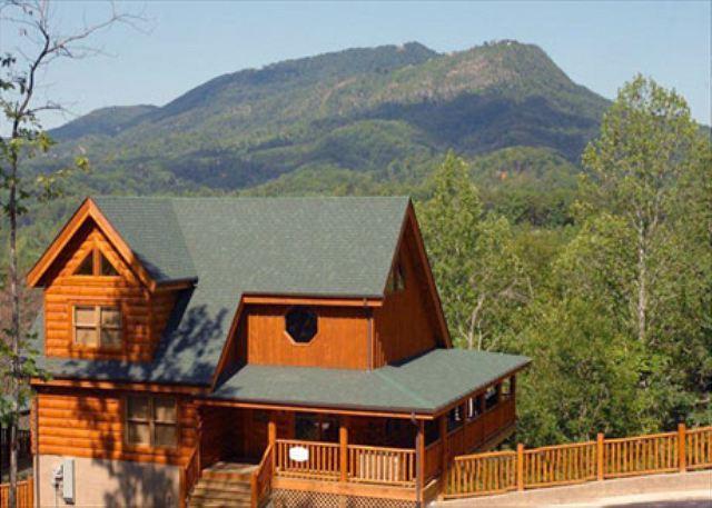 Cabin - Luxury, Nature, Stunning Views, Hot Tub, Sauna, Resort Mini-golf, Dogs OK - Sevierville - rentals