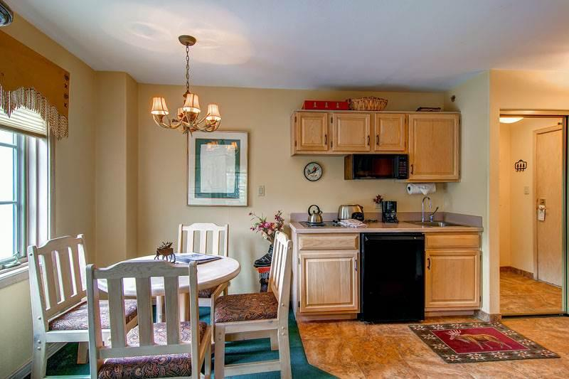 Borders Lodge - Lower 300 - Image 1 - Beaver Creek - rentals