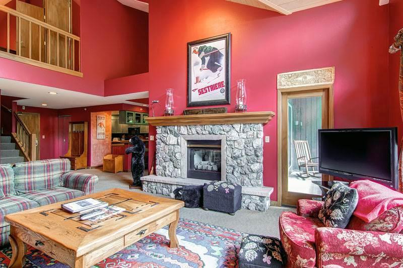 Borders Lodge - Upper 402 - Image 1 - Beaver Creek - rentals