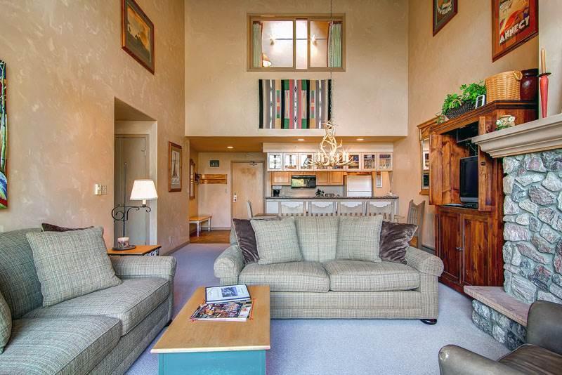 Borders Lodge - Upper 403 - Image 1 - Beaver Creek - rentals