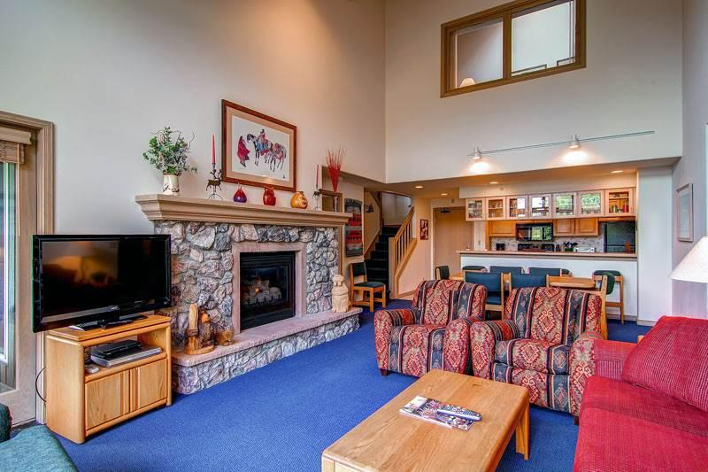Borders Lodge - Upper 405 - Image 1 - Beaver Creek - rentals