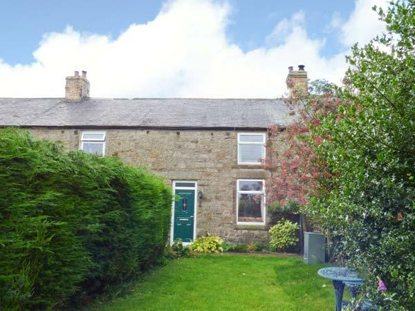 4 HARROGATE COTTAGES, multi-fuel stove, garden with furniture, great base for walking, close to Heritage Coast, near Longframlington, Ref 913529 - Image 1 - Longframlington - rentals