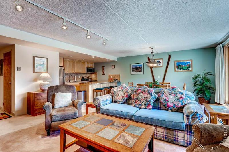 Trails End Condos 511 by Ski Country Resorts - Image 1 - Breckenridge - rentals