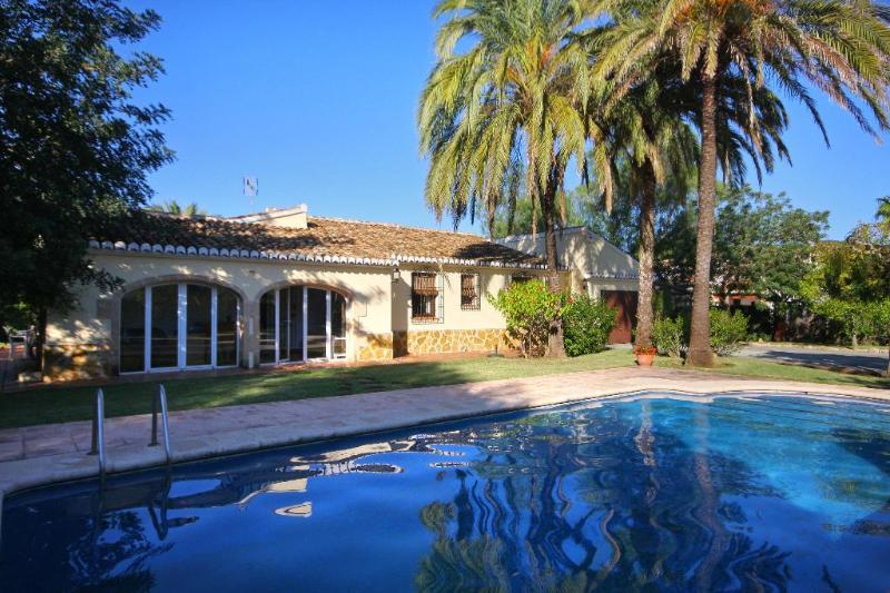 Villa Nathalie - Image 1 - Javea - rentals