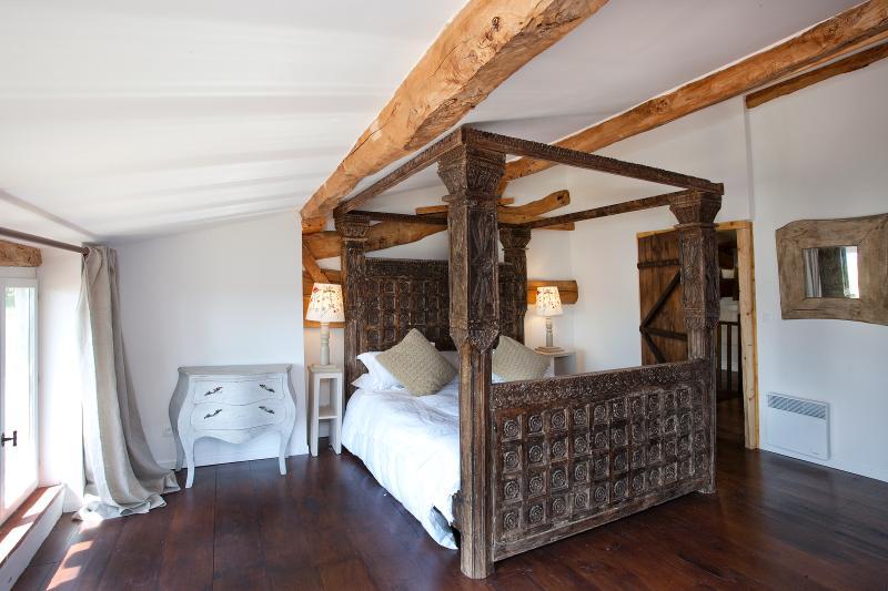 Mutley gite, main bedroom - Mutley gite at Chateau de Montoussel - Toulouse - rentals