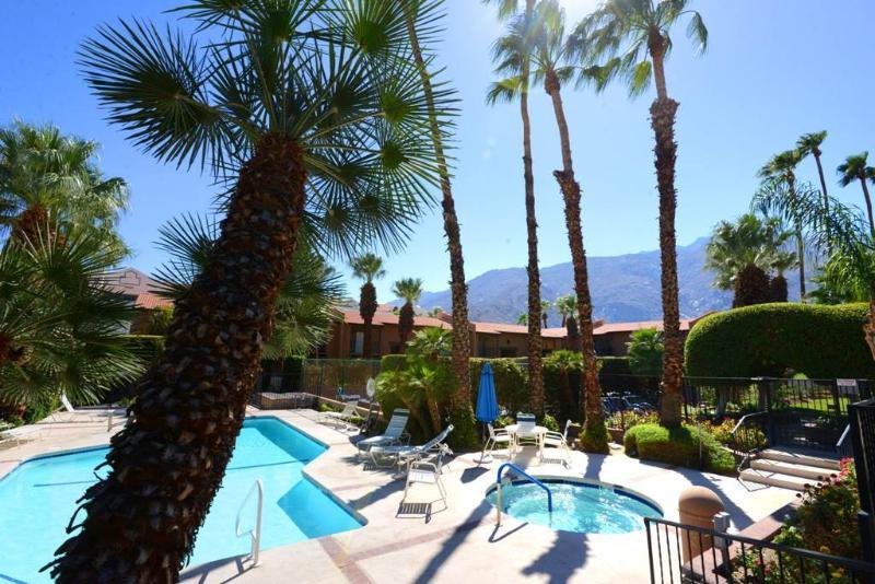 Rancho El Mirador Gem 265RL - Image 1 - Palm Springs - rentals