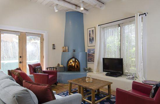 Living  Room - Sunny and Warm Casita at Las Brisas - Santa Fe - rentals
