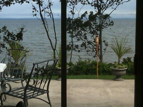 Beach House amazing views large deck visit wineries bachelorette The Stella - Image 1 - Wading River - rentals