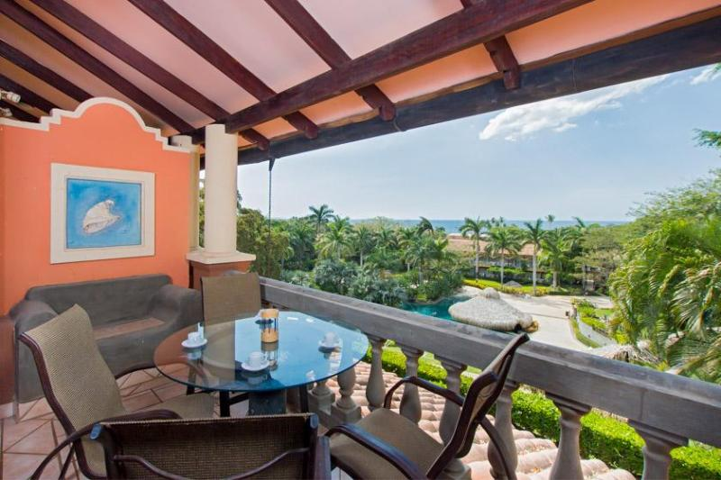 Private balcony with a view - Diria 201 - Tamarindo - rentals