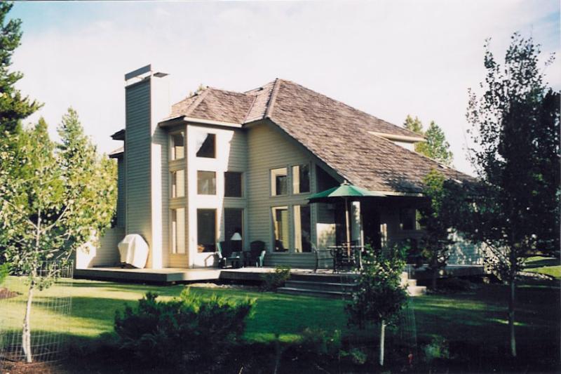 'Show of Homes'! Designer Lodge Style Home - Image 1 - Sunriver - rentals
