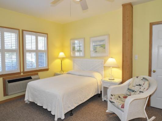 CV1B: Shell Castle 1B - Studio - Image 1 - Ocracoke - rentals
