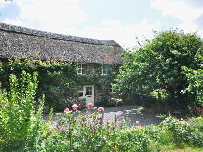 View of the property - LCOBB - Chittlehampton - rentals