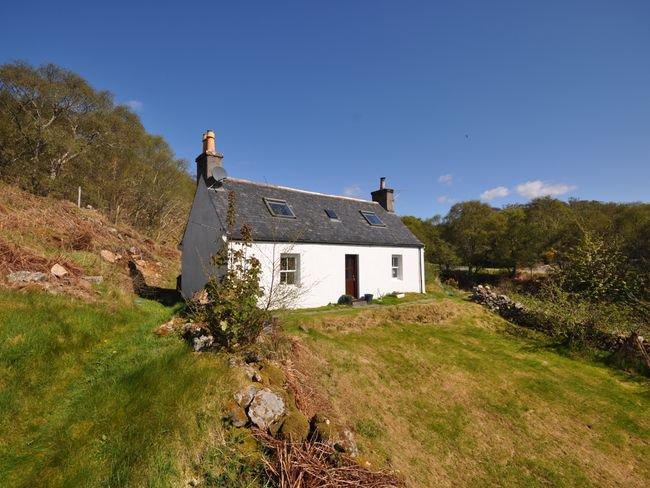 View towards the property - SU303 - Lochinver - rentals