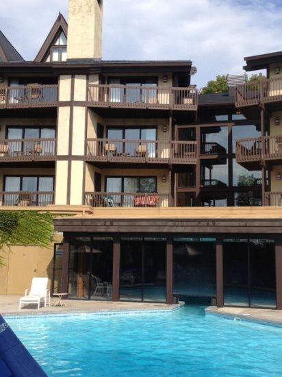Cozy Condo At Boyne Highlands, Walk to the Lifts and 1st Tee! - Image 1 - Harbor Springs - rentals