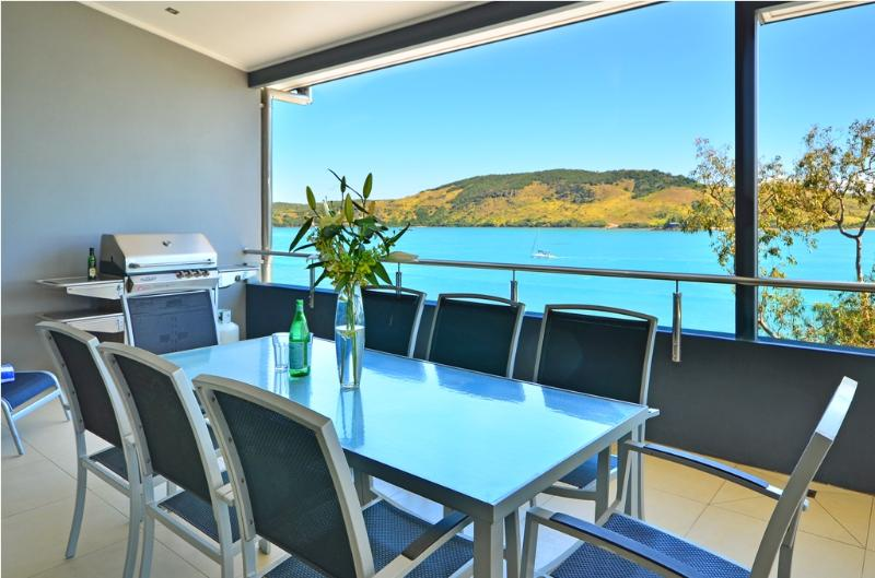 Villa 4 The Edge On Hamilton Island - Image 1 - Hamilton Island - rentals