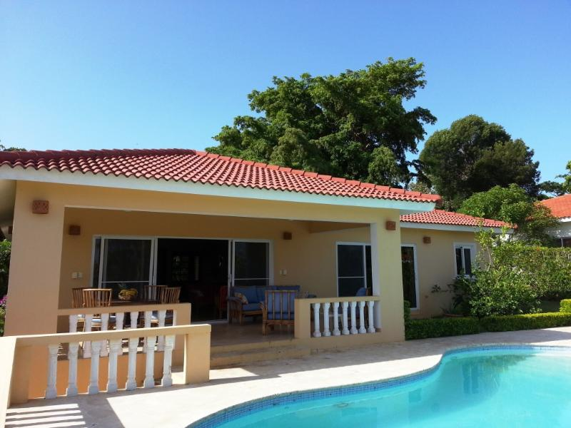 PRIVATE HILLSIDE VILLA WITH VIEWS, SALT WATER POOL - Image 1 - Sosua - rentals